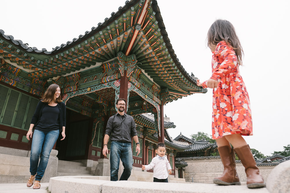 English Speaking Family Photographer in Seoul - Armstrong
