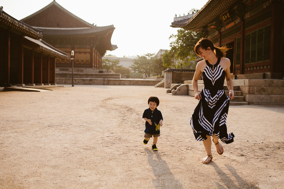 Lawson's Family Session - Deoksugung, Seoul