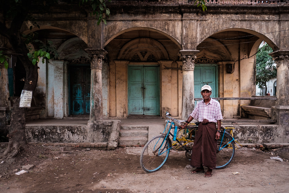 Trishaw Driver - Travel Photographer