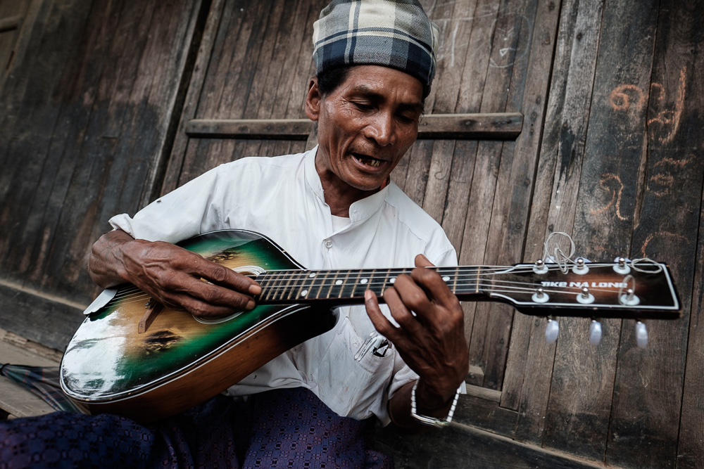 Musician - Mrauk U Travel Photographer