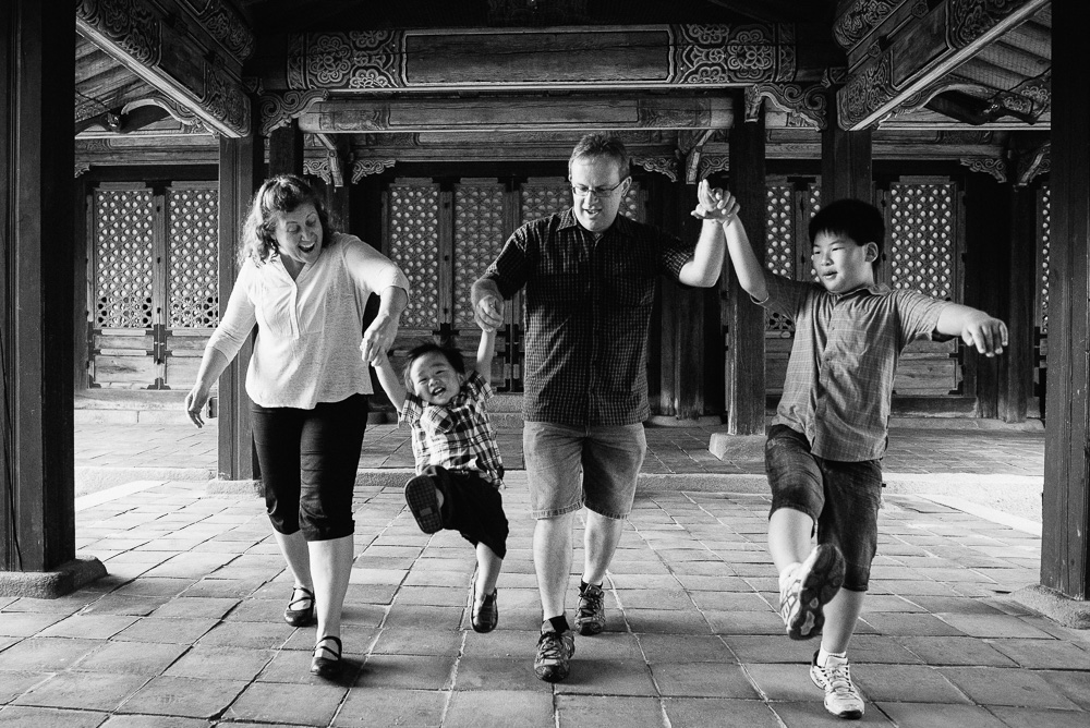 Family Photographer in Seoul, South Korea