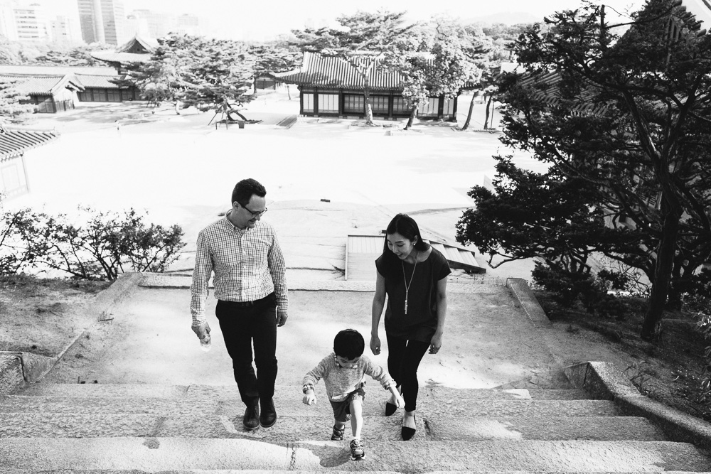 Strydom Family Portrait Session - Seoul