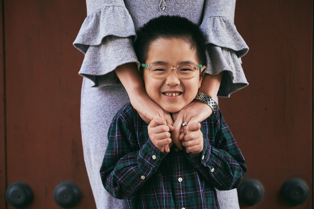 Mother and Son at the Palace - Seoul Family Photographer