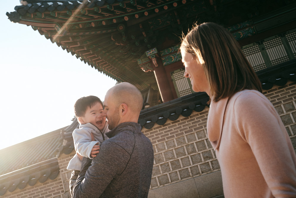 Special moment in special light - DeVito family photos at Changdeokgung, Seoul